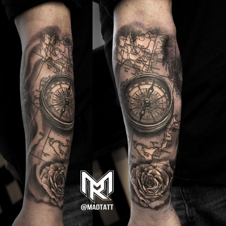 Compass and Italy Map