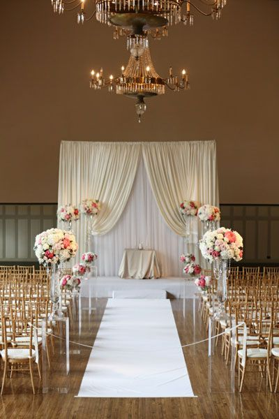 Photography: Kenny Kim Floral Design: Vale of Enna Planner: Sweetchic Events Chicago Wedding