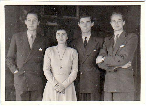 Königin Friederike von Griechenland mit ihren Brüdern Ernst August, Georg und Christian | by Miss Mertens