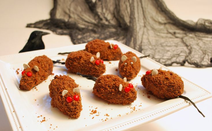 Now how cute are these! Delight your ghosts and goblins this Halloween with gluten-free Cake Crumb Mice. You can use Pamela's Chocolate Cake or Vanilla Cake Mix or follow this scratch recipe.