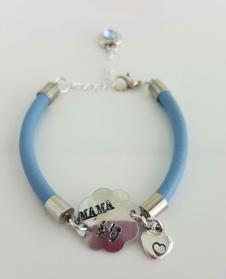 Mama armband baby blue http://www.charmantsieraden.nl/mama-sieraden/mama-armbanden/mama-armband-baby-blue.html