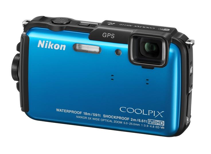 Nikon COOLPIX AW110 - Wbudowany moduł Wi-Fi umożliwia dzielenie się wrażeniami na bieżąco, podczas gdy wbudowany moduł GPS, kompas elektroniczny i mapa świata pozwalają dodawać do zdjęć znaczniki geograficzne, określać swoją pozycję w terenie oraz śledzić pokonywane trasy.