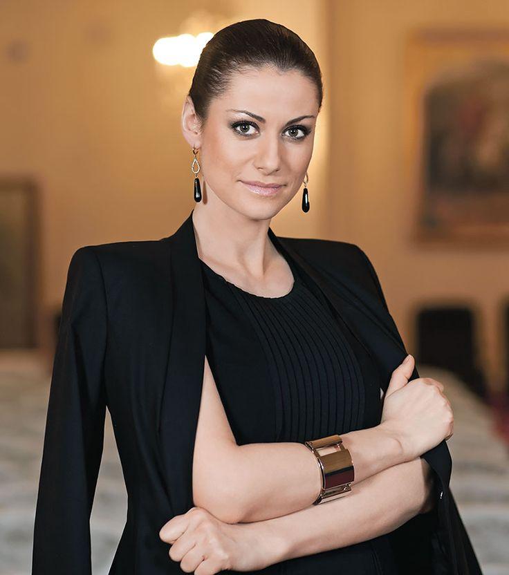 gola-foto-znamenitih-aktris-rossii