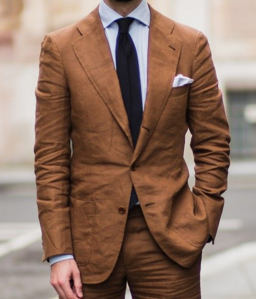 Langa bespoke suit linen, tobacco colored