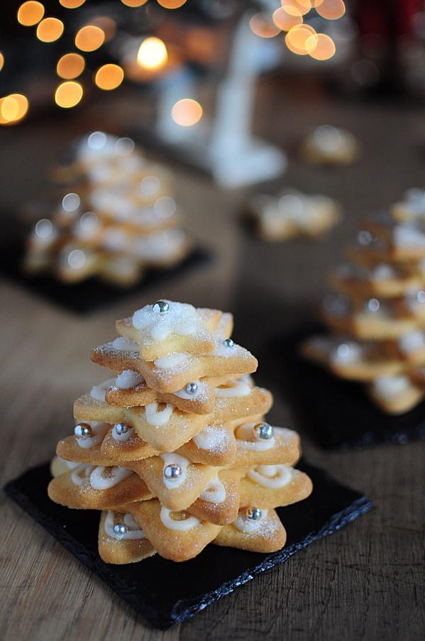 Petits sapins de Noël en sablés et en 3D (déco de table)