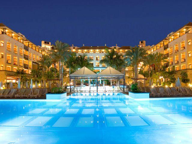 Hiszpania - wczasy i wakacje samolotem w hotelach pięciogwiazdkowych