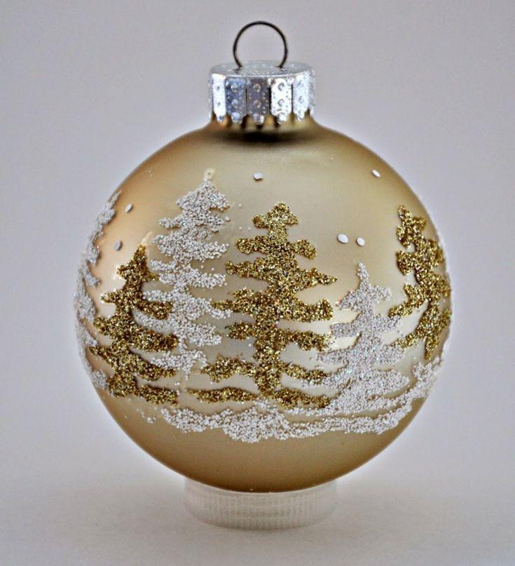 bastelideen weihnachten wald bild gold weiss glitzer weihnachtsbaumkugel
