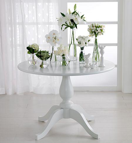 Tok&Stok Regional Romantique Tendência que preenche com leveza e simplicidade os mais variados espaços da casa.