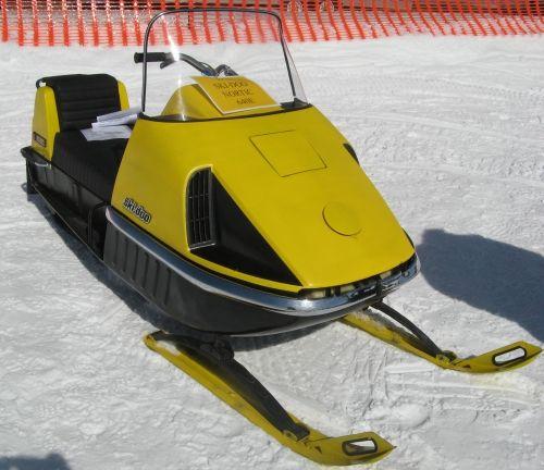 Vintage ski doo racing