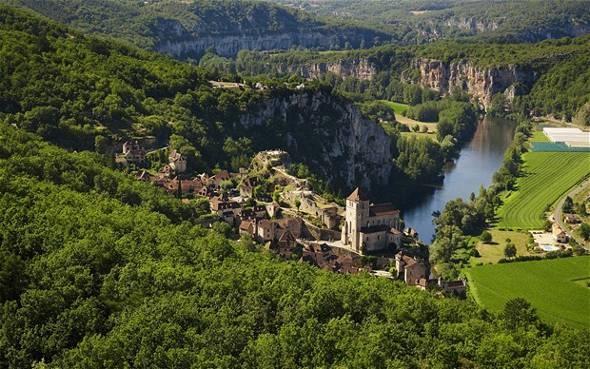 Saint Cirq – Lapopie, ένα πανέμορφο μεσαιωνικό χωριό στη Βόρεια Γαλλία