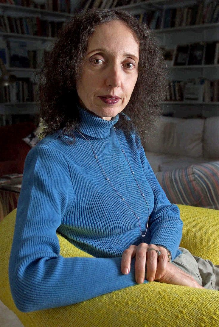 best joyce carol oates ideas writer quotes  joyce carol oates expands on pen award protest following award for charlie joyce