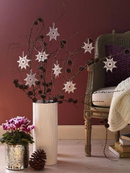 ber ideen zu tannenzapfen strau auf pinterest. Black Bedroom Furniture Sets. Home Design Ideas