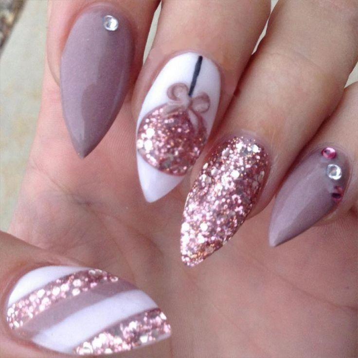 Chic 30+ Best Winter Nails Ideas For Beautiful Women https://www.tukuoke.com/30-best-winter-nails-ideas-for-beautiful-women-14513