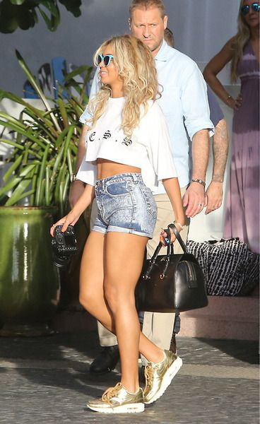 Beyonce in Miami, FL   January 1, 2014