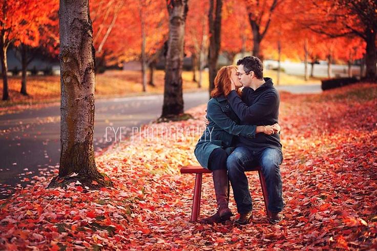 Couple, Fall colors, kiss: Kiss, Fall Colors
