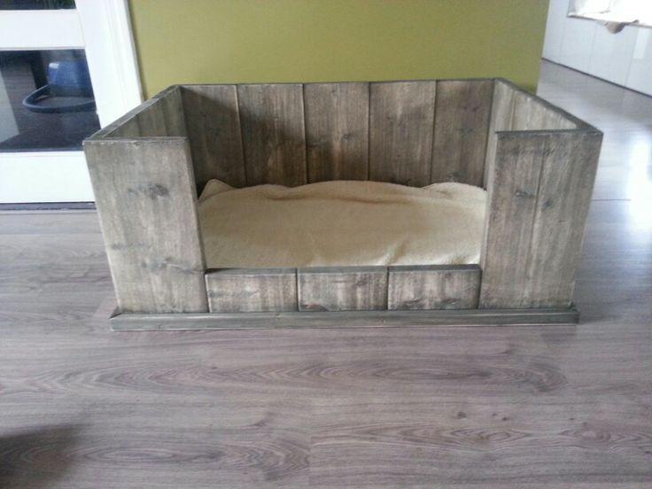Steigerhouten hondenmand 100x60x40 Handmade WJ