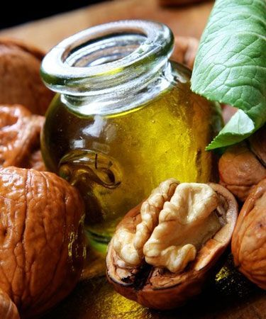 Psoriasis is a persistent, painful skin ailment that can be alleviated by using walnut oil 1