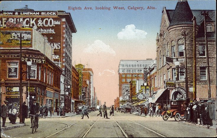 Postcard 5503: Novelty Manufacturing & Art Co, Eighth Ave. looking West, Calgary, Alta. (c1933)