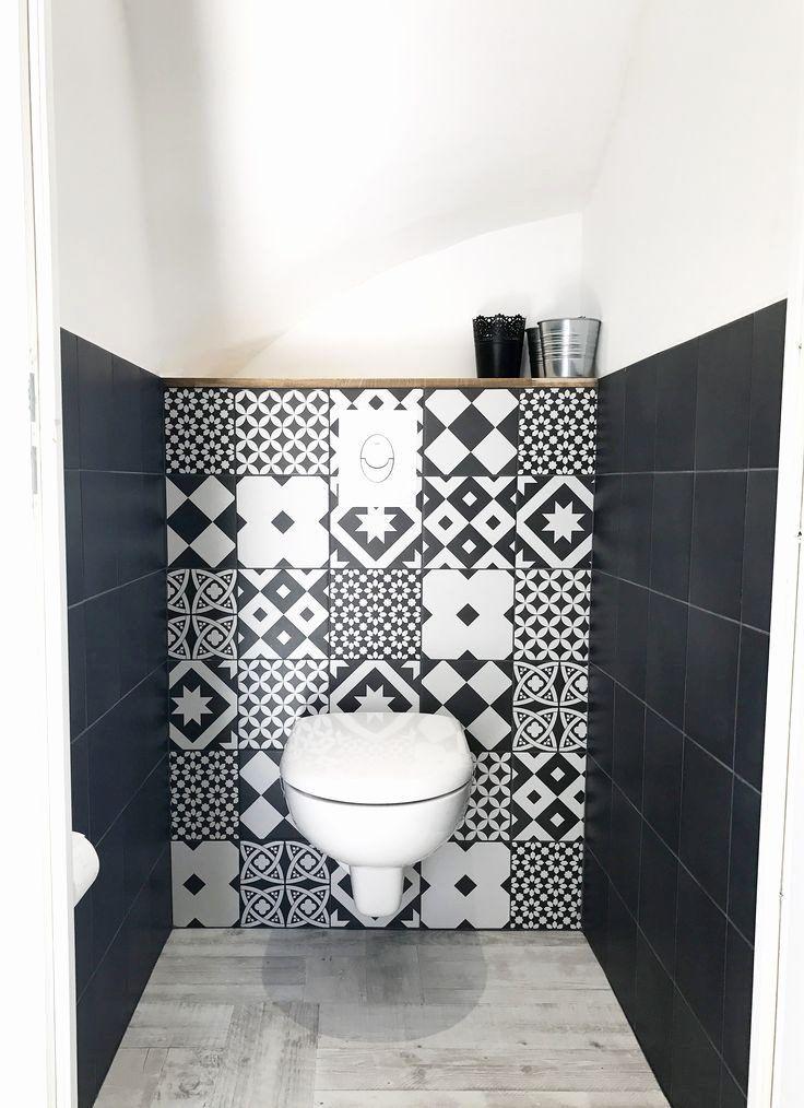 20 Idees Pour Le Revetement Mural De Ses Toilettes Idee Deco Toilettes Deco Toilettes Et Decoration Toilettes