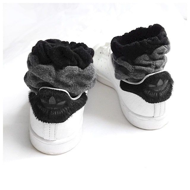 Adidas stan smith // Calzedonia socks (@audreylombard)