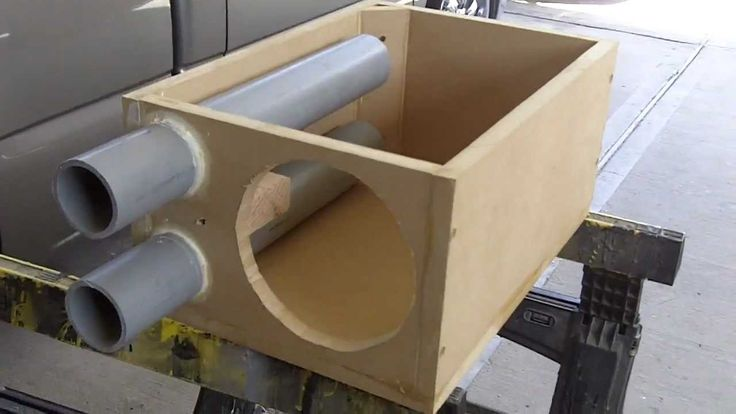 PEARLAND CUSTOMZ : Custom Crossfire Srt6 8 inch Subwoofer Box Build!! Pt.1