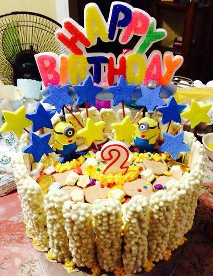 Choco Mucho Minion cake