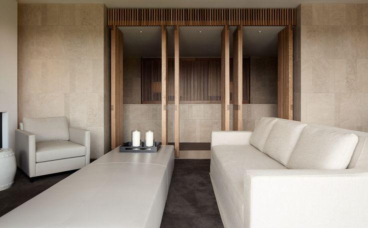 Redgen Mathieson Hotel Realm Upper Suite 03