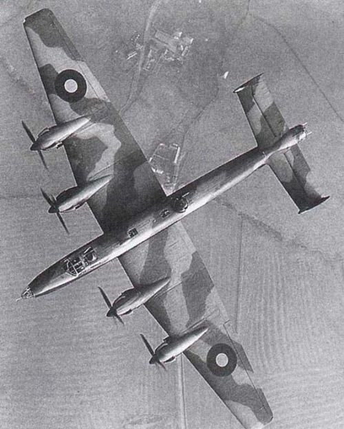 Handley Page Halifax in flight (1943) BFD