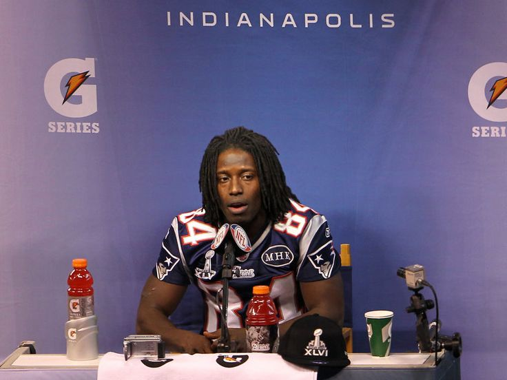 Deion Branch signs with Indianapolis Colts   Colts sign former Patriot Branch   Sporting Life - NFL News   NFL ...