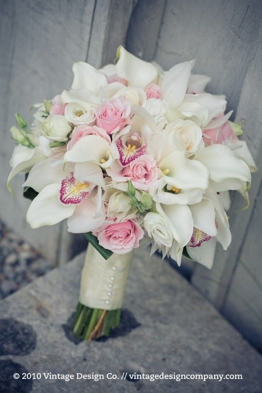white pink wedding bouquet. Replace roses with lisianthus or ranunculus