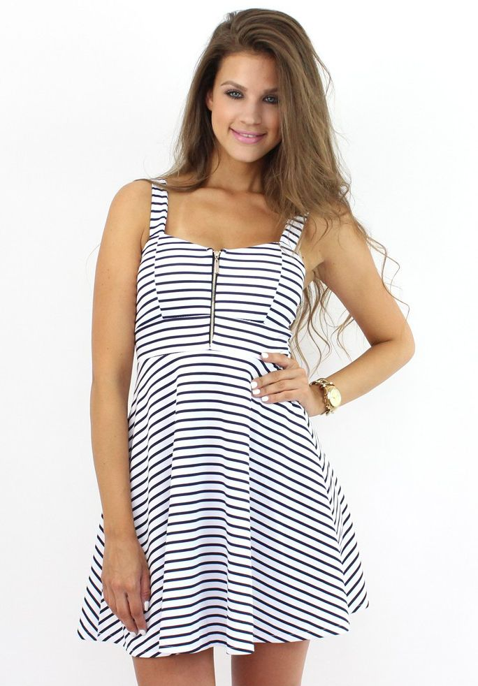 Stylish Striped Dress for vacations...:)  Find it at www.famevogue.ro.  #moda #rochii #shopping #fashion