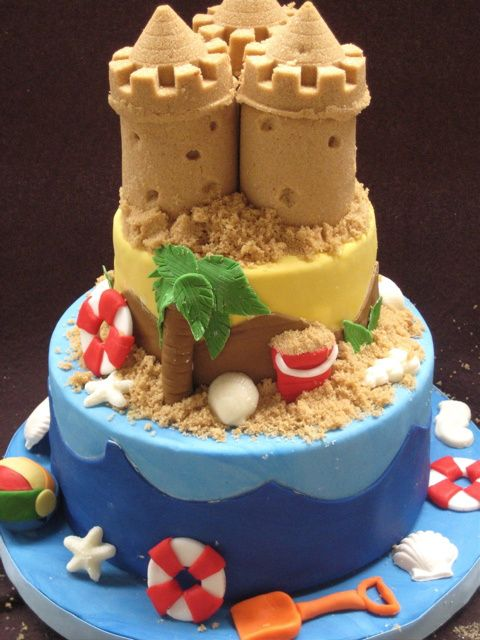 cake using brown sugar to fill sandcastle molds. brilliant!