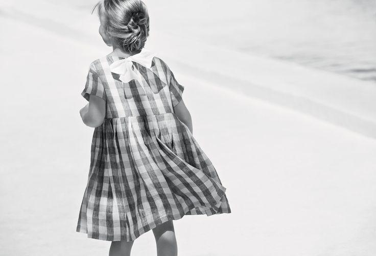 Il Gufo SS 2015 Advertising Campaign. Discover more on www.ilgufo.it #ilgufo #ss15 #ilgufomoms #fashionkids #newborn #style #Fashion #children #kids #kidswear #girls #boys #summer #spring