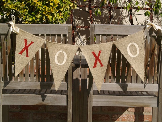Valentine banner: Wedding Burlap, Valentines Banners, Burlap Buntings, Valentines Garlands, Valentines Day, Burlap Banners, Xoxo Banners, Buntings Banners, Garlands Wedding