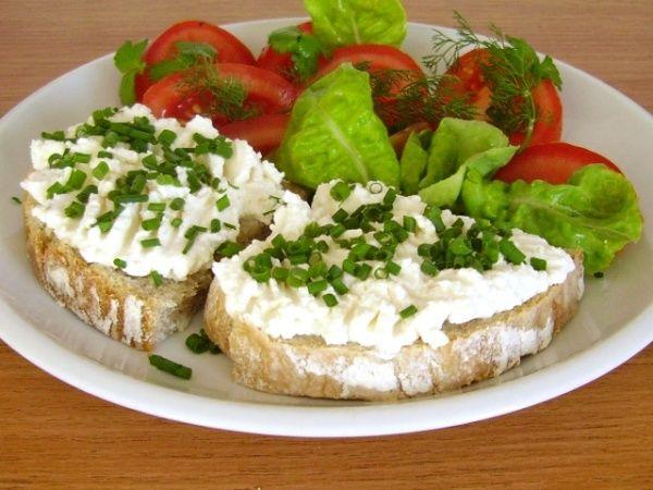 Domácí měkké sýry typu Labneh a Lučina
