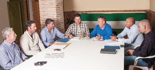 Juan Carlos Benavides tratando el tema del Sector de la Construcción y Servicos en Almuñécar