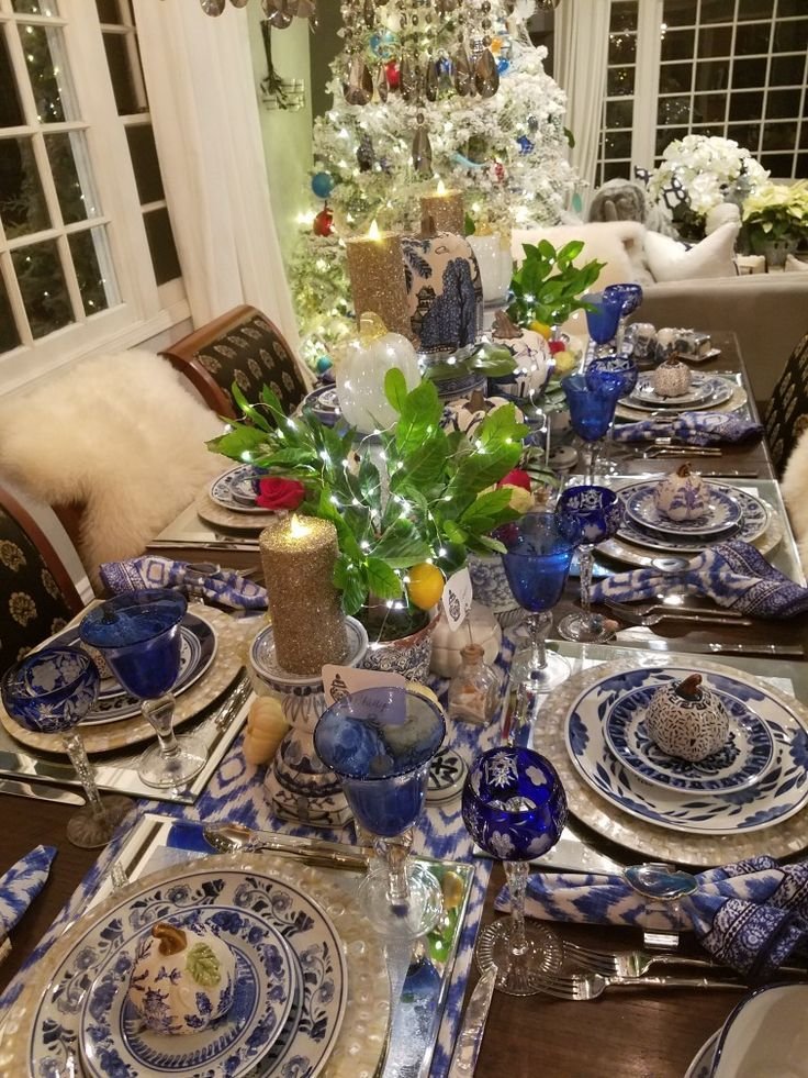 Thanksgiving Table Scape Chinoiserie Crystal Blue White Blue Table Settings White Table Settings Dinner Table Setting