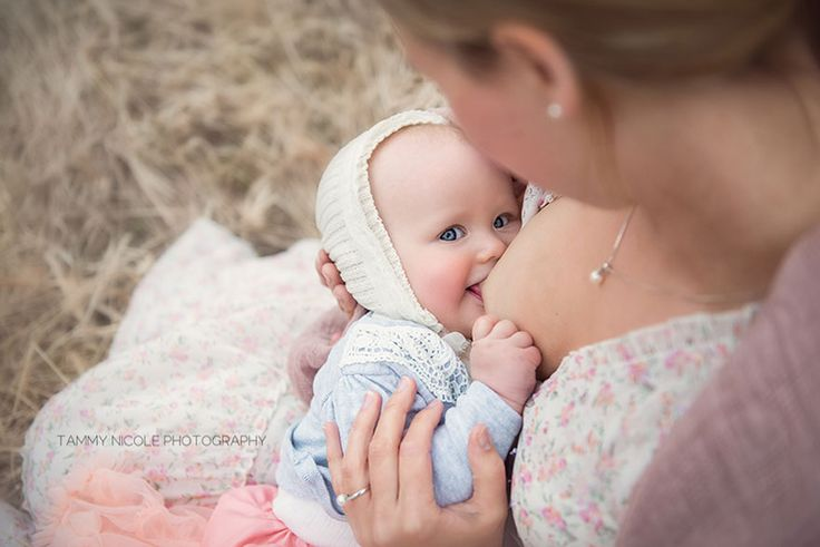 In Honor Of World Breastfeeding Week, August 1 - 7, 2015, I Took These Photos Of Beautiful Mothers by Tammy Nicole Photography.  http://www.boredpanda.com/mothers-breastfeeding-babies-photography-walks-of-motherhood-tammy-nicole/