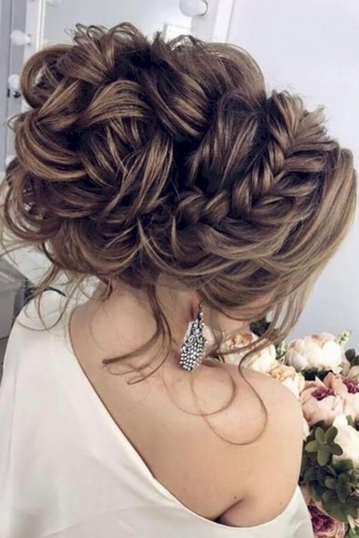 nice 45 Perfect Hairstyles For Winter Weddings Ideas  https://viscawedding.com/2017/12/13/45-perfect-hairstyles-winter-weddings-ideas/