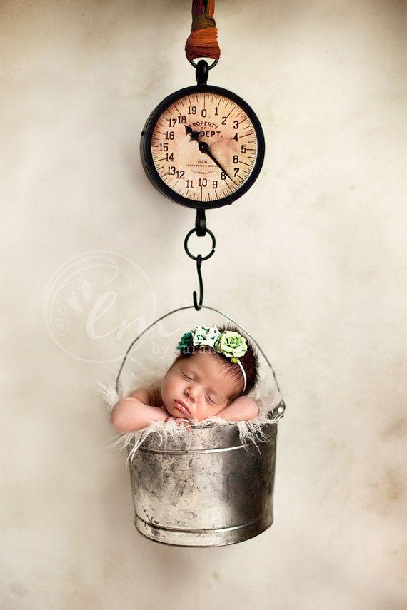 So cute!: Baby Lovely Newborn, Newborn Baby Boys, Vintage Scales, Newborn Photos, Baby Girl, Cute Babies, Baby Photos