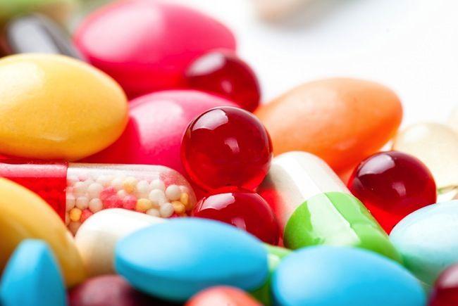 5 Medicines You Should Never Mix. Ever.