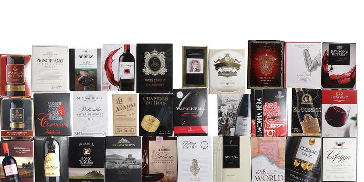 Stor test av rødvin på papp