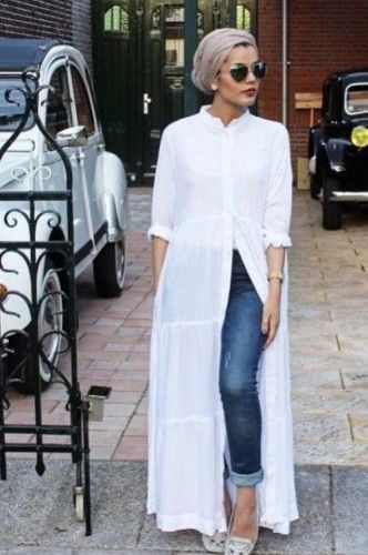 Long white cardihan turban look www.justtrendygirls.com/modest-street-hijab-fashion/