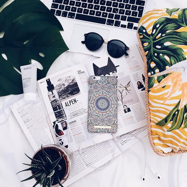 Fashion Case Morrocan Zellige, pic by: @vivicelinee  #inspo #iphone #idealofsweden