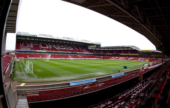 Nottingham Forest, fantástico estadio.