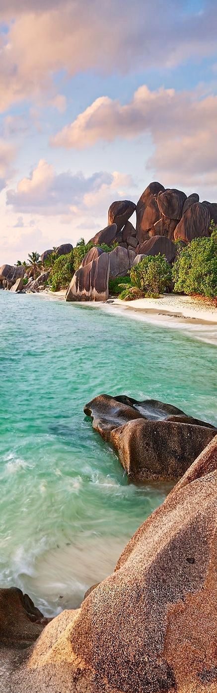 Nothing fuels our wanderlust quite like a vast body of water, especially in the dead of winter ~ La Digue Beach, Seychelles, Indian Ocean