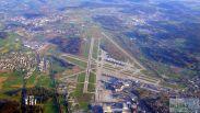 Flughafen Zürich - Check more at http://www.miles-around.de/trip-reports/economy-class/swiss-avro-rj100-economy-class-zuerich-nach-dresden/,  #Airport #avgeek #Aviation #AvroRJ100 #BAe146 #DRS #EconomyClass #Flughafen #Jumbolino #Lounge #Reisebericht #SWISS #SWISSSenatorLounge #Trip-Report #ZRH