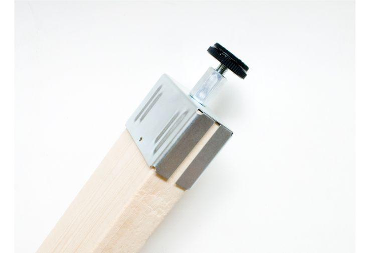 ピラーブラケット活用術5選! 天井を傷つけずに2×4柱を作ろう。