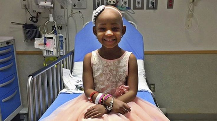 Inspiring pediatric cancer survivor Leah Still, 5, celebrated with LeBron James on the same day her dad announced his new NFL contract.