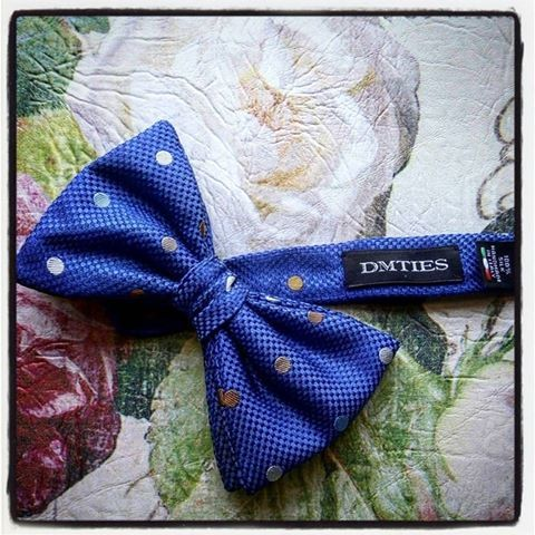 dreaming of a blue #bowtie